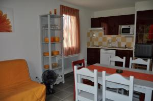 Soleilinvest, Ferienhäuser  Aubignan - big - 20