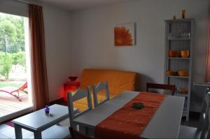 Soleilinvest, Ferienhäuser  Aubignan - big - 25