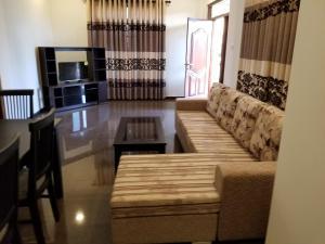 Coral Palm Villa and Apartment, Apartments  Unawatuna - big - 40