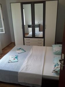 Apartment K2, Apartmány  Radanovići - big - 11