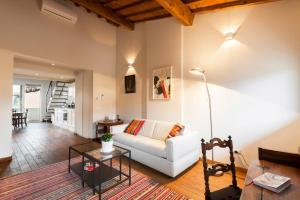 Poet's Santo Spirito Apt., Appartamenti  Firenze - big - 9