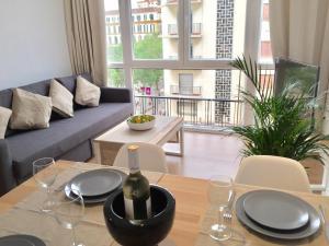 Ahro Suites, Апартаменты  Малага - big - 4