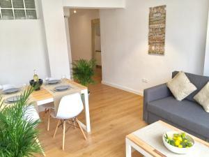 Ahro Suites, Апартаменты  Малага - big - 5