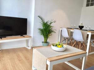 Ahro Suites, Apartmanok  Málaga - big - 2