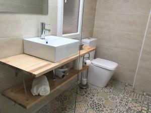 Ahro Suites, Apartmanok  Málaga - big - 144