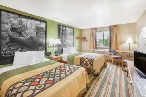 Super 8 by Wyndham Grayling, Hotels  Grayling - big - 6