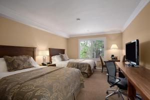Queen Room with Two Queen Beds - Sunset Wing