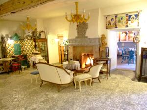 AD Fort Hensel, Hotels  Malborghetto Valbruna - big - 73