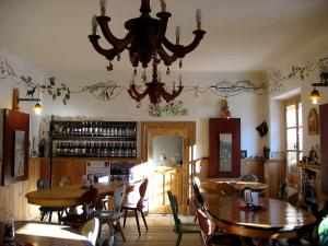 AD Fort Hensel, Hotels  Malborghetto Valbruna - big - 31