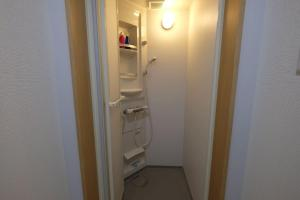 Shibamata 2-chome Share House Room 203, Apartmány  Tokio - big - 43
