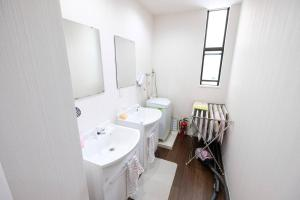 Shibamata 2-chome Share House Room 203, Apartmány  Tokio - big - 22