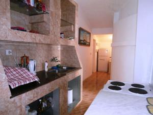 Vila Gerbera, Апартаменты  Сутоморе - big - 21