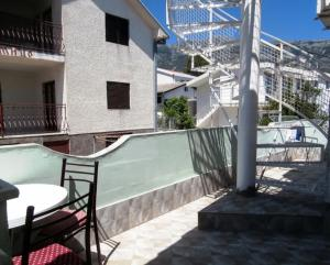Vila Gerbera, Апартаменты  Сутоморе - big - 19