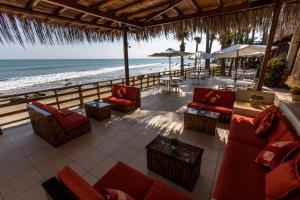 Casa de Playa Bungalows & Restaurant, Hotels  Máncora - big - 73