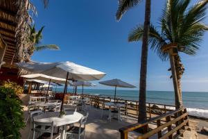 Casa de Playa Bungalows & Restaurant, Hotels  Máncora - big - 72
