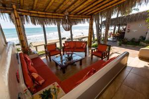 Casa de Playa Bungalows & Restaurant, Hotels  Máncora - big - 68
