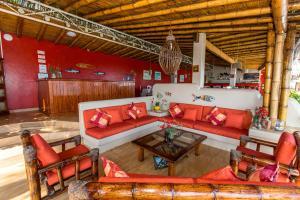 Casa de Playa Bungalows & Restaurant, Hotels  Máncora - big - 66