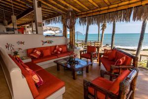 Casa de Playa Bungalows & Restaurant, Hotels  Máncora - big - 109