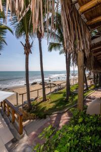 Casa de Playa Bungalows & Restaurant, Hotels  Máncora - big - 61