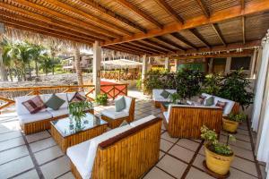 Casa de Playa Bungalows & Restaurant, Hotels  Máncora - big - 58