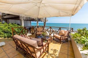 Casa de Playa Bungalows & Restaurant, Hotels  Máncora - big - 56