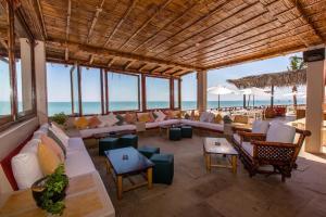 Casa de Playa Bungalows & Restaurant, Hotels  Máncora - big - 110