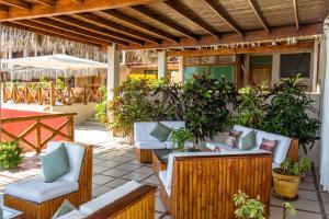Casa de Playa Bungalows & Restaurant, Hotels  Máncora - big - 90