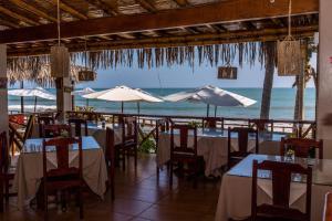 Casa de Playa Bungalows & Restaurant, Hotels  Máncora - big - 40