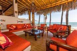 Casa de Playa Bungalows & Restaurant, Hotels  Máncora - big - 38