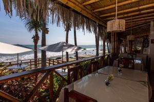 Casa de Playa Bungalows & Restaurant, Hotels  Máncora - big - 31