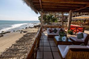 Casa de Playa Bungalows & Restaurant, Hotels  Máncora - big - 28