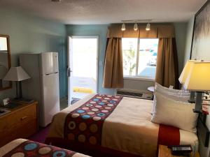 Queen Room with Two Queen Beds - Exterior Access
