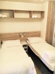 Mobile Homes Camping Biograd, Villaggi turistici  Biograd na Moru - big - 23