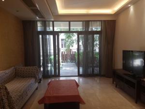 Xinyue Lijing Apartment, Apartments  Sanya - big - 8
