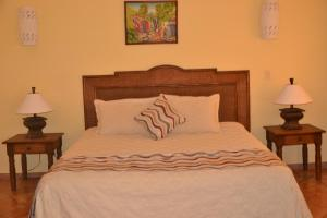 Family Oriented- Private Beach and Horse Stables - Ocean,Pool and Jacuzzi
