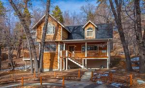 Bow Canyon House 43532, Dovolenkové domy  Big Bear Lake - big - 6