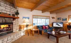 Bow Canyon House 43532, Dovolenkové domy  Big Bear Lake - big - 7