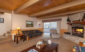 Bow Canyon House 43532, Dovolenkové domy  Big Bear Lake - big - 5
