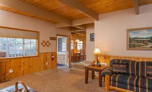 Bow Canyon House 43532, Dovolenkové domy  Big Bear Lake - big - 11