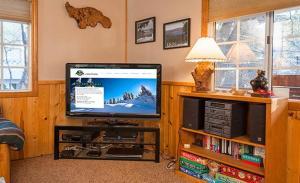 Bow Canyon House 43532, Dovolenkové domy  Big Bear Lake - big - 8
