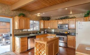 Bow Canyon House 43532, Dovolenkové domy  Big Bear Lake - big - 17