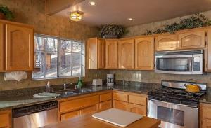 Bow Canyon House 43532, Dovolenkové domy  Big Bear Lake - big - 14