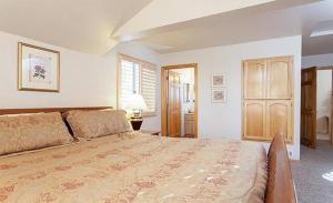 Bow Canyon House 43532, Dovolenkové domy  Big Bear Lake - big - 2