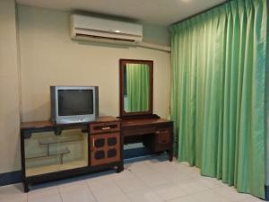 Ban Chaloemphrakiet, Appartamenti  Nonthaburi - big - 8
