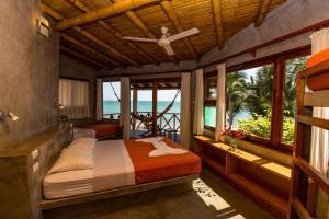 Casa de Playa Bungalows & Restaurant, Hotels  Máncora - big - 81