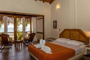 Casa de Playa Bungalows & Restaurant, Hotels  Máncora - big - 82