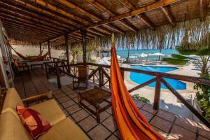 Casa de Playa Bungalows & Restaurant, Hotels  Máncora - big - 91