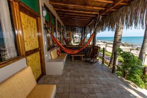 Casa de Playa Bungalows & Restaurant, Hotels  Máncora - big - 98