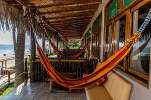 Casa de Playa Bungalows & Restaurant, Hotels  Máncora - big - 96