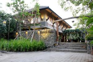 Rumah Batu Villa & Spa, Hotel  Solo - big - 49
